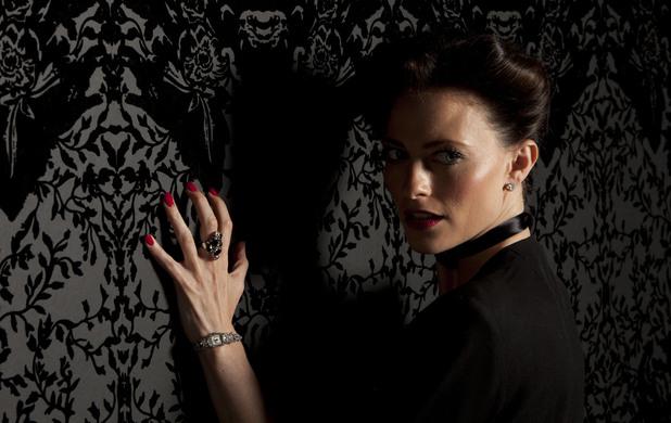Irene Adler Lara Pulver, Sherlock