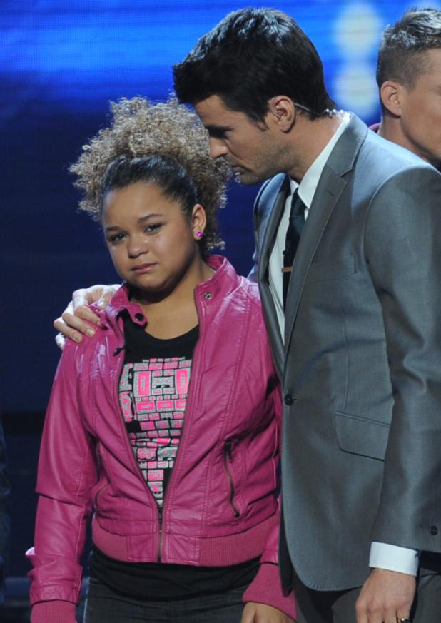 Steve comforts Rachel