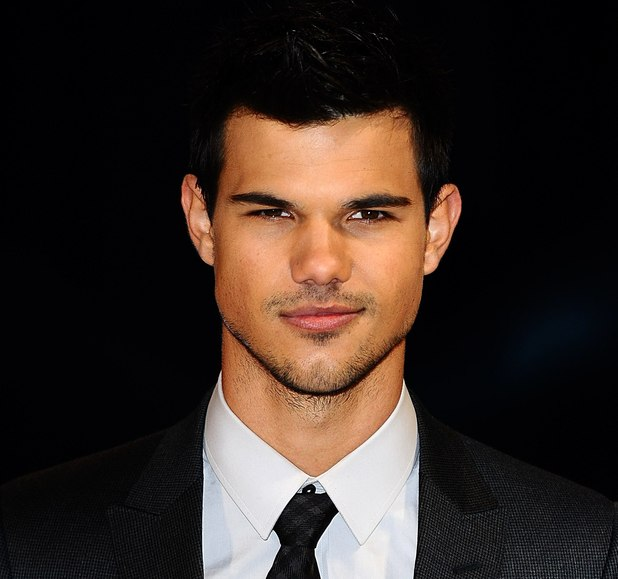 Taylor Lautner Twiglight Saga: Breaking Dawn