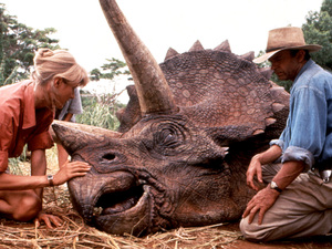 Laura Dern and Sam Neill in Jurassic Park