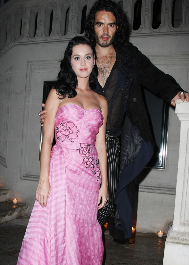 Katy and Russell seen during Paris Fashion Week in 2009