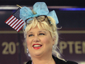 Former SNL star stands by comparing Newtown massacre to abortions.
