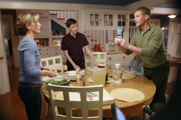 Desperate Housewives: S08E10: 'What's To Discuss, Old Friend'