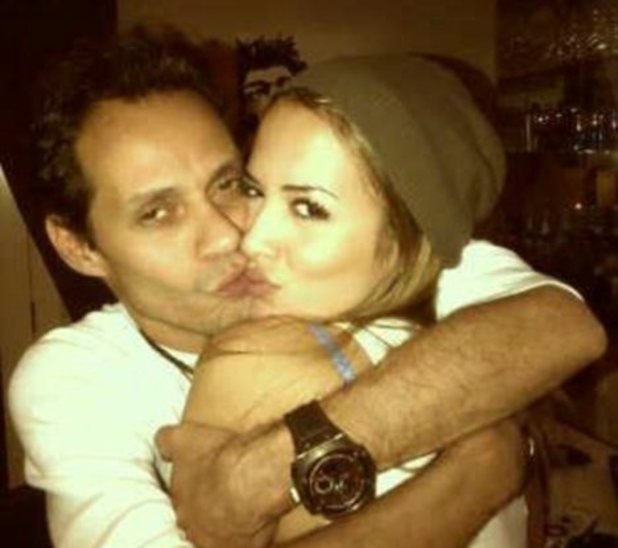 Marc Anthony, Shannon De Lima, Facebook