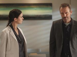 House S08E10: 'Runaways'