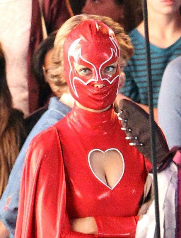 Sexiest Superheroes & Villians