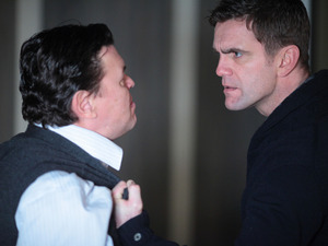 Jack confronts Derek who tells him that he couldn't resist the opportunity of scaring Roxy.