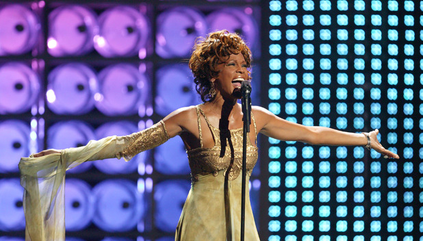Whitney Houston performs at the World Music Awards 2004