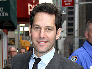 Paul Rudd Celebrities arrive at The Ed Sullivan Theatre for 'The Late Show with David Letterman' New York City
