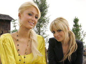 Paris Hilton and Nicole Richie promoting season 5 of 'The Simple Life'
