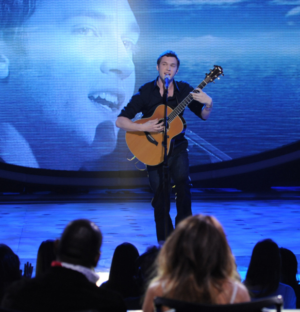 American Idol contestant Phillip Phillips