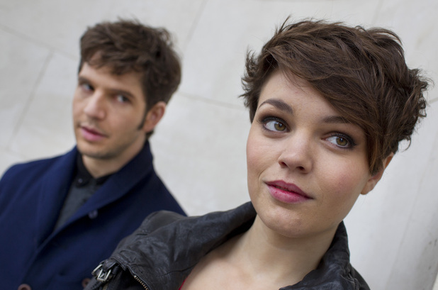 Hal (Damien Molony), Alex (KATE BRACKEN)