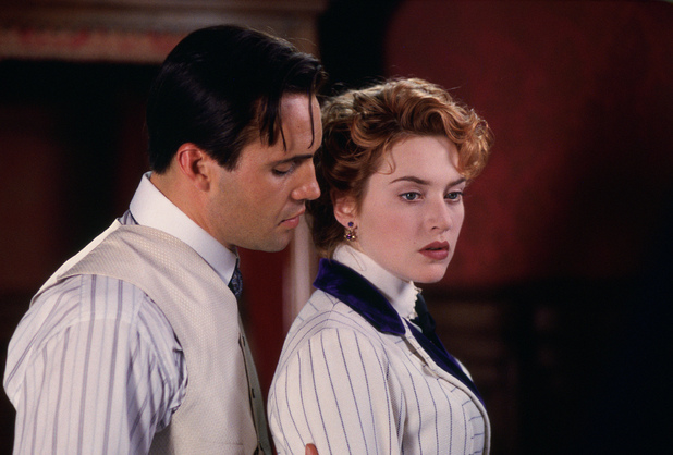 Cal Hockley (Billy Zane) and Rose