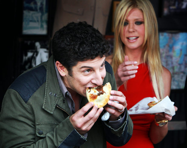 Jason Biggs and Tara Reid
