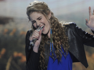 American Idol Season 11 - Results Show - 15/03/12 - Shannon Magrane