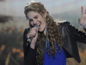 American Idol Season 11 - Results Show - 15/03/12 - Shannon Magrane