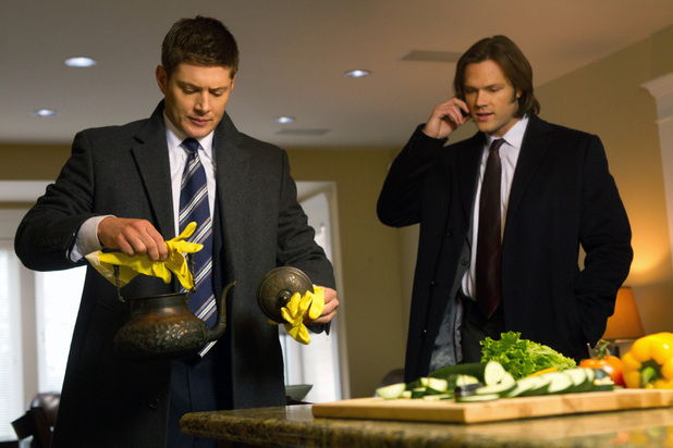 Supernatural S07E16 - 'Out with the Old'