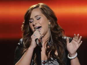 American Idol Season 11 - The Top 10 Perform - Skylar Laine