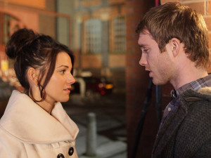 Tommy and Tina are alone after Geoff's funeral and Tommy thanks Tina for her support. After they are both told to admit their feelings, they say their piece to each other
