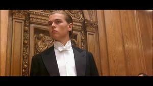 'Titanic' Revisit video feature