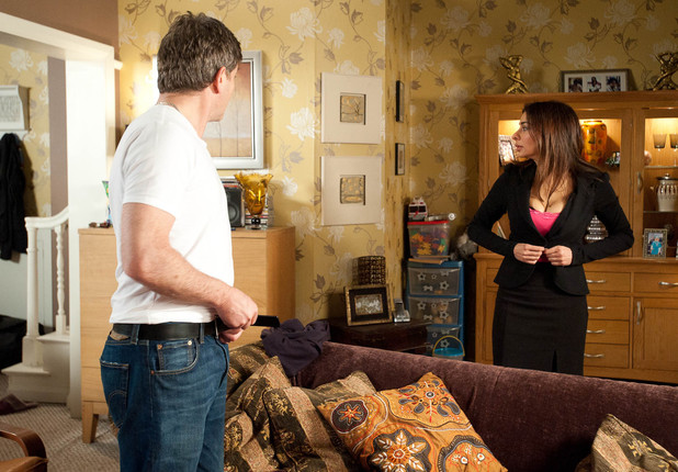 Will Sunita Alahan (Shobna Gulati) and Karl Munro (John Michie) be caught out by Stella Price (Michelle Collins)?