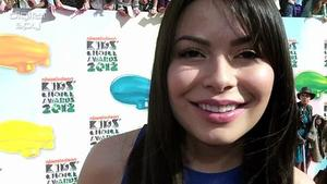Miranda Cosgrove talks One Direction at Nick KCAs