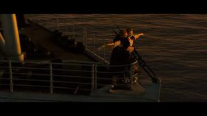 'Titanic' video clip - I'm flying