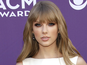 ACM Awards 2012: Taylor Swift