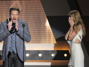 ACM Awards 2012: Blake Shelton and Taylor Swift