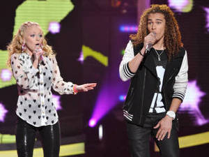 American Idol Season 11 - The Top 8 Perform - Hollie Cavanagh and DeAndre Brackensick 