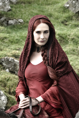 Game Of Thrones S02E04: Melisandre (Carice van Houten) and Stannis Baratheon (Stephen Dillane)