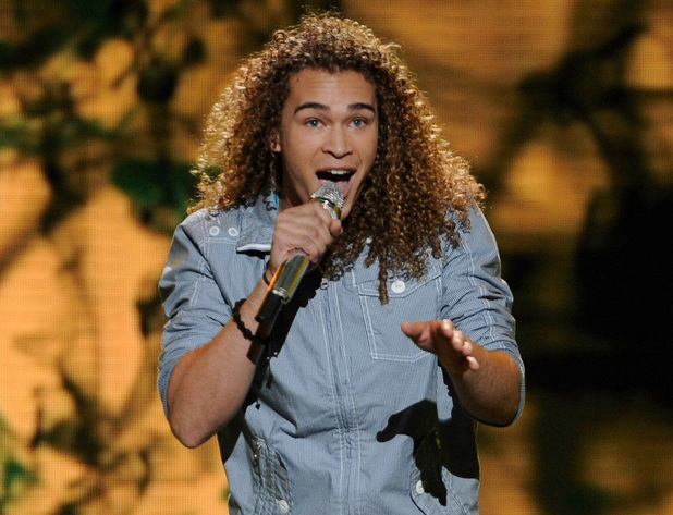 DeAndre Brackensick sings for his life on American Idol