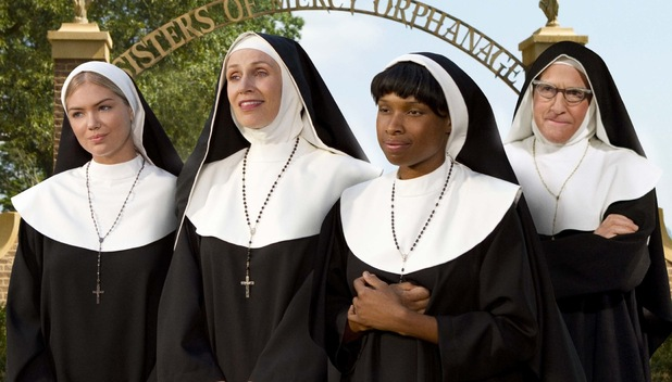Kate Upton, Jane Lynch, Jennifer Hudson and Larry David in The Three Stooges