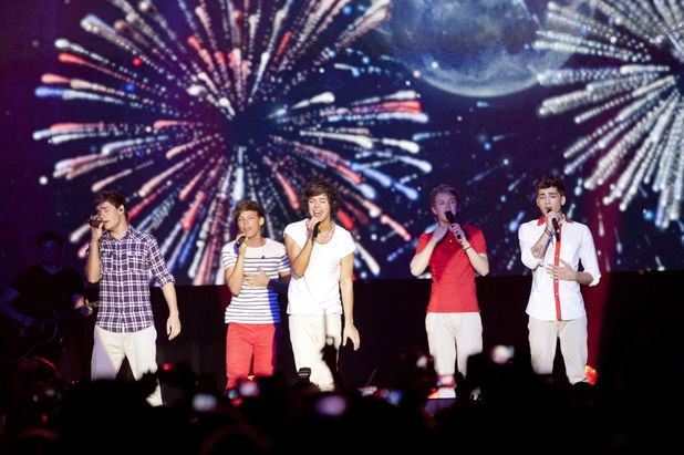 One Direction perform in Australia