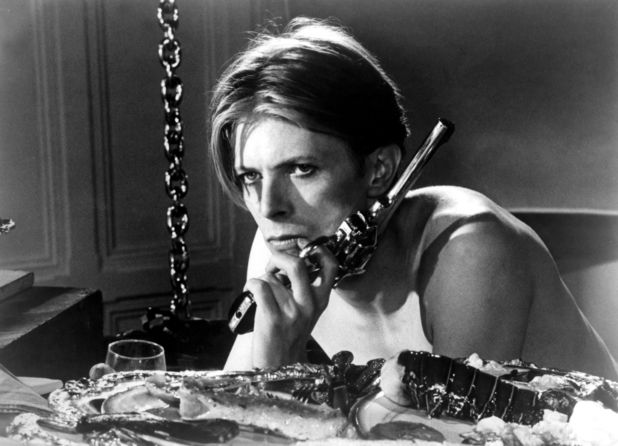 'The Man Who Fell to Earth' still