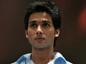 Shahid Kapoor wants to start dating normal girls.