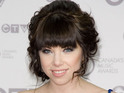 Carly Rae Jepsen outsells Justin Bieber by two to one with 'Call Me Maybe'.