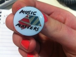 The Horrors, Faris Badwin badges