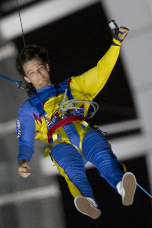 One Direction bungee jumping at Auckland Sky Tower, New Zealand