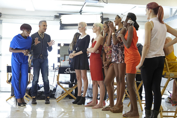 America's Next Top Model Episode 7 - Estelle, Jay Manuel and the girls