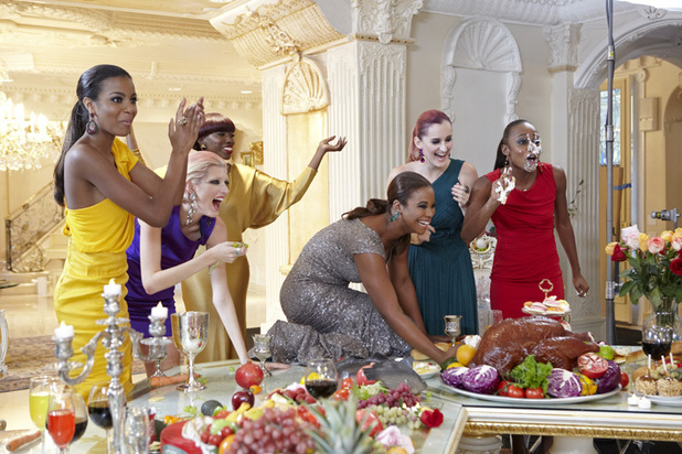 America's Next Top Model Episode 7 - Eboni, Sophie, Estelle, Seymone (on table) Catherine and Annaliese