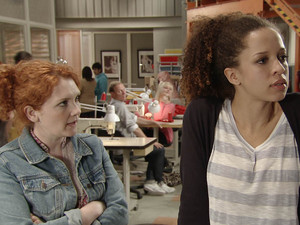 Kirsty opens up to Fiz after becoming instantly alienated at Underworld. Fiz is given an incite into what makes Kirsty tick
