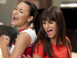 Glee S03E17: 'Dance With Somebody'