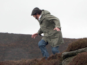 Cain finds Zak stumbling around the moors near a ledge
