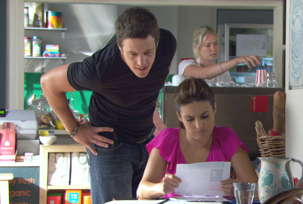 Brax catches Leah reading her internet dating profiles.