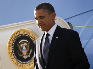 Barack Obama arrives at Los Angeles international airport, May 10 2012