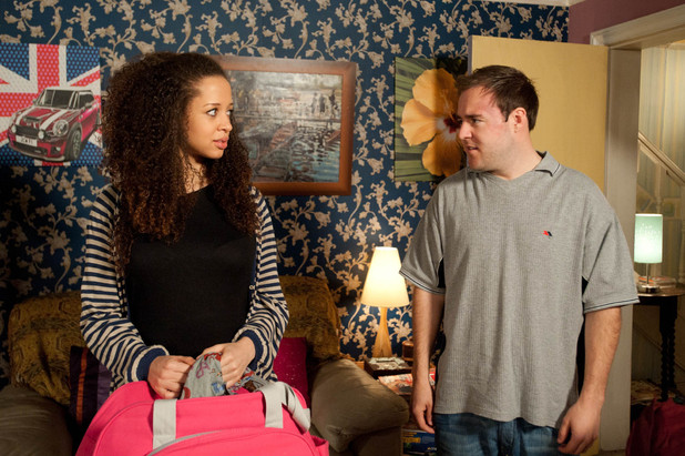 Kirsty and Tyrone try to get to the bottom of their issues and both end up opening up about their childhood