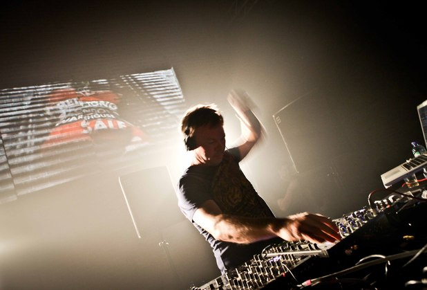 Pete Tong performs live