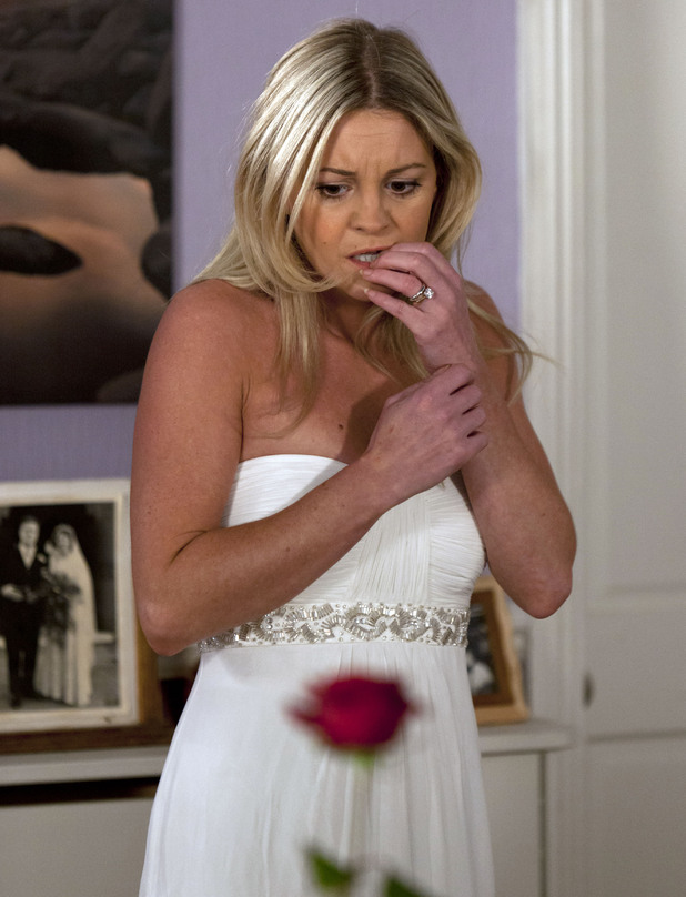 Mandy continues to have doubts about the wedding.