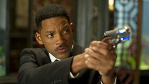 'Men in Black 3' trailer: Will Smith, Josh Brolin fight off alien invasion